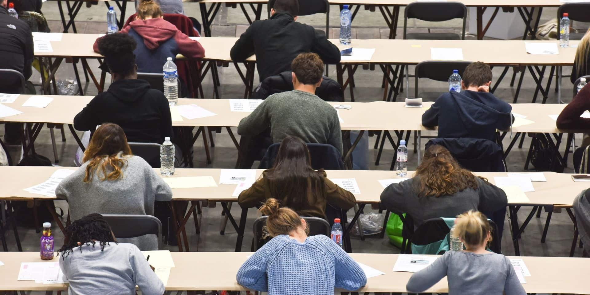 Enseignement supérieur en FWB: l'arc-en-ciel rejette une résolution PTB sur les examens de juin