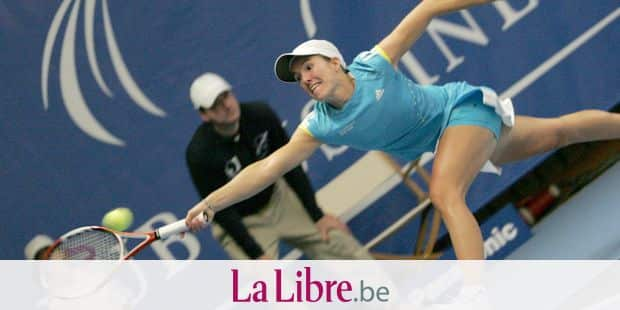 20071130, LIMELETTE, BELGIUM : Justine Henin hits a ball during the tennis show to celebrate the new tennis club and school of Belgian tennis champion and number one seeded Justine Henin, Sunday 02 December 2007 in Limelette. BELGA PHOTO JOHN THYS