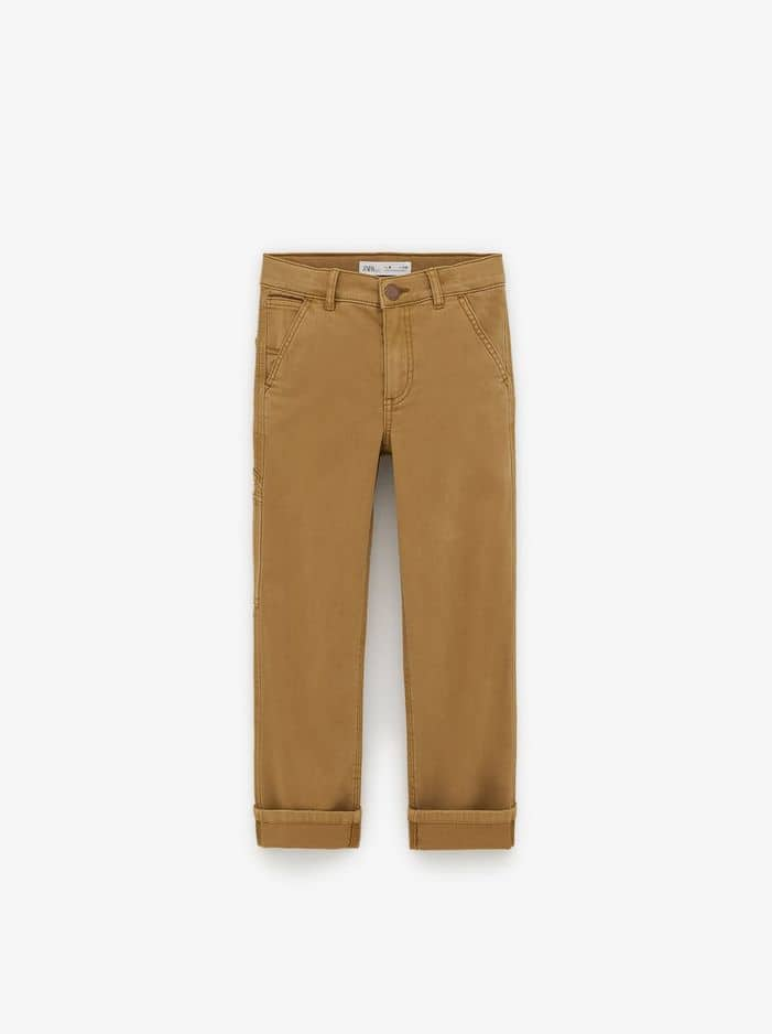 Pantalon garçon worker jeans, Zara, 19.95€.