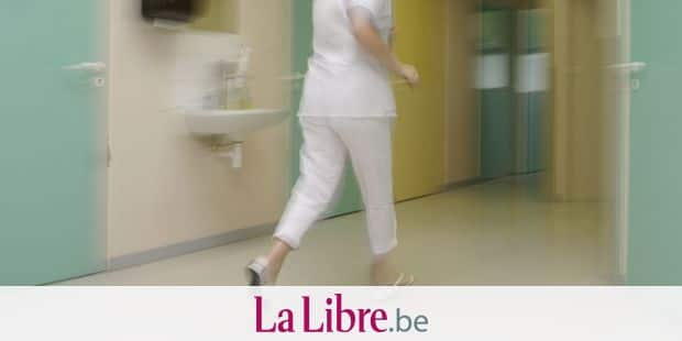 Morte aux urgences: un rapport pointe