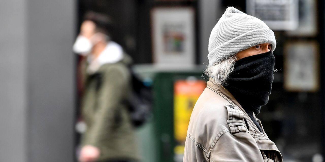 """""""L'OMS continue dans sa recommandation absurde de dire que les masques ne sont pas nécessaires pour le grand public"""""""