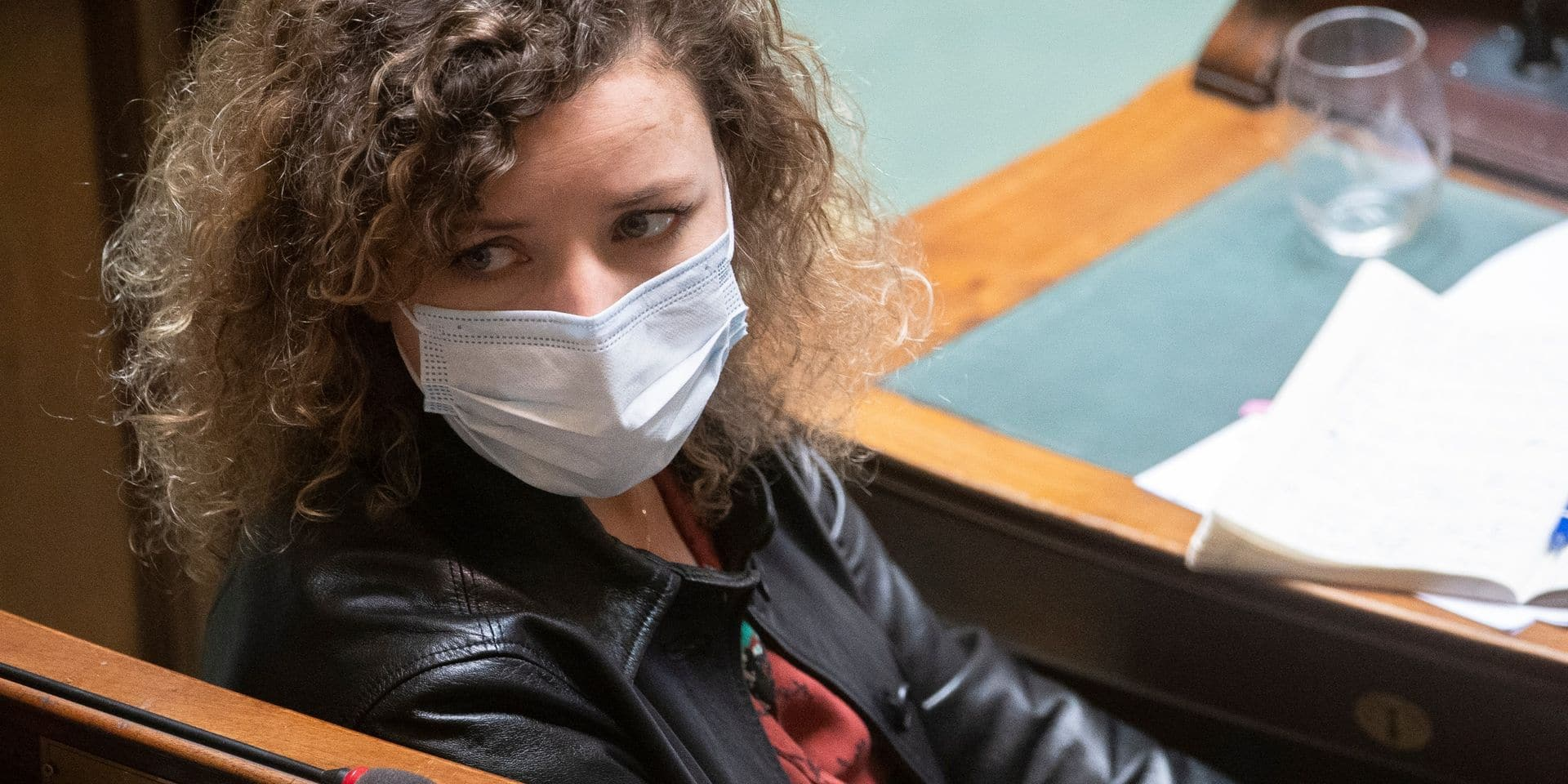 """Elza, 12 ans, renvoyée de son école à cause de collants """"trop transparents"""""""