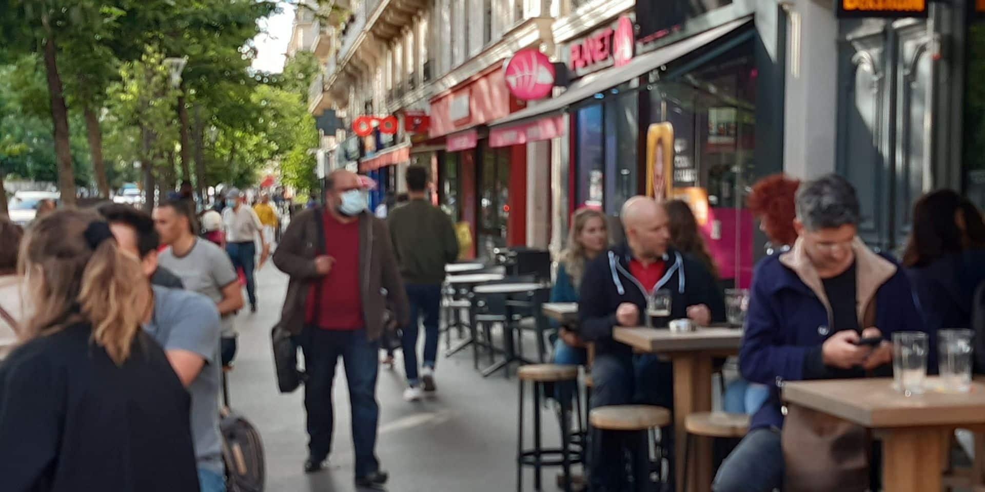 """La France est en train de sortir """"durablement"""" de la crise, assure Jean Castex"""