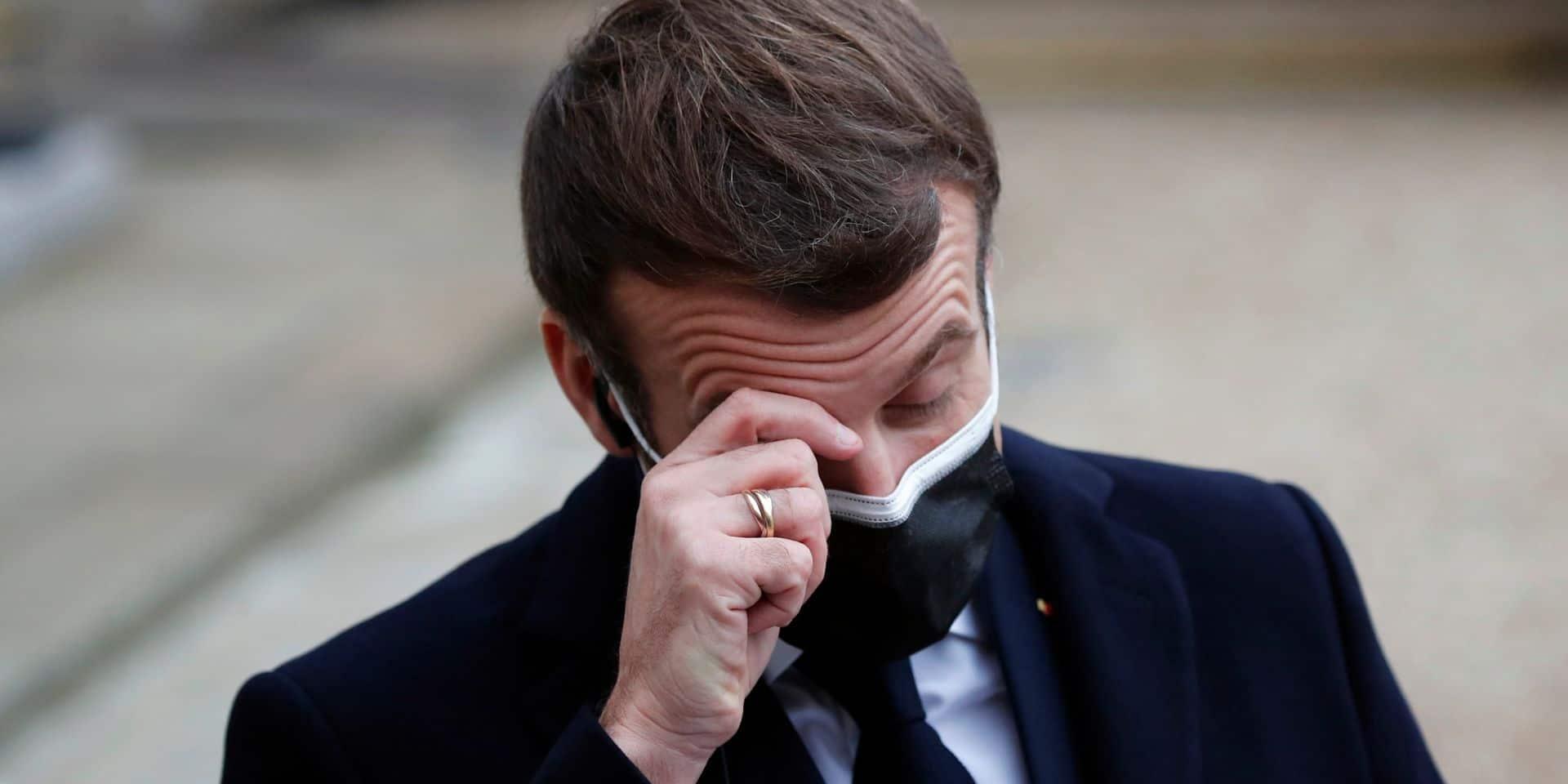 Que sait-on du dîner polémique d'Emmanuel Macron, positif au Covid-19 ?