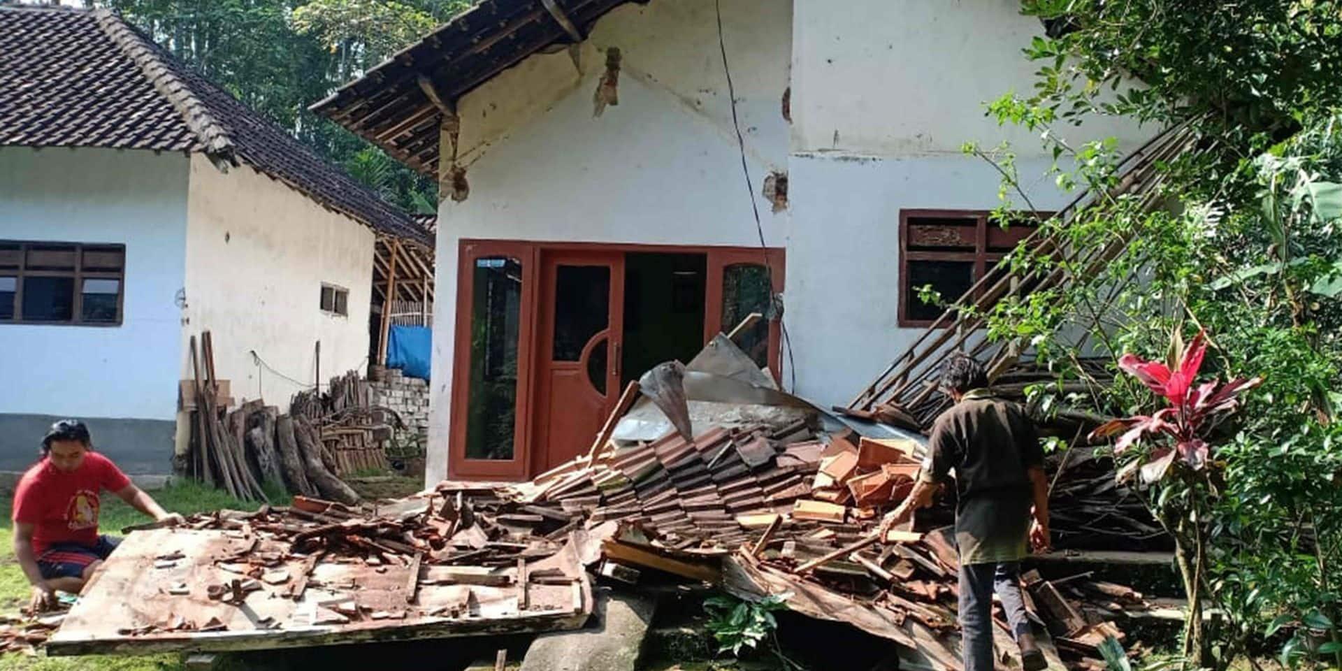 L'Indonésie de nouveau secouée par un séisme: sept morts