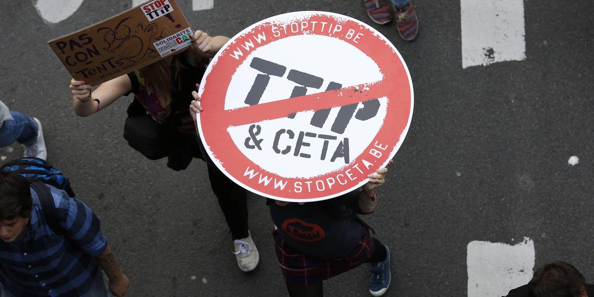 La justice européenne valide le système d'arbitrage du CETA, Reynders s'en réjouit