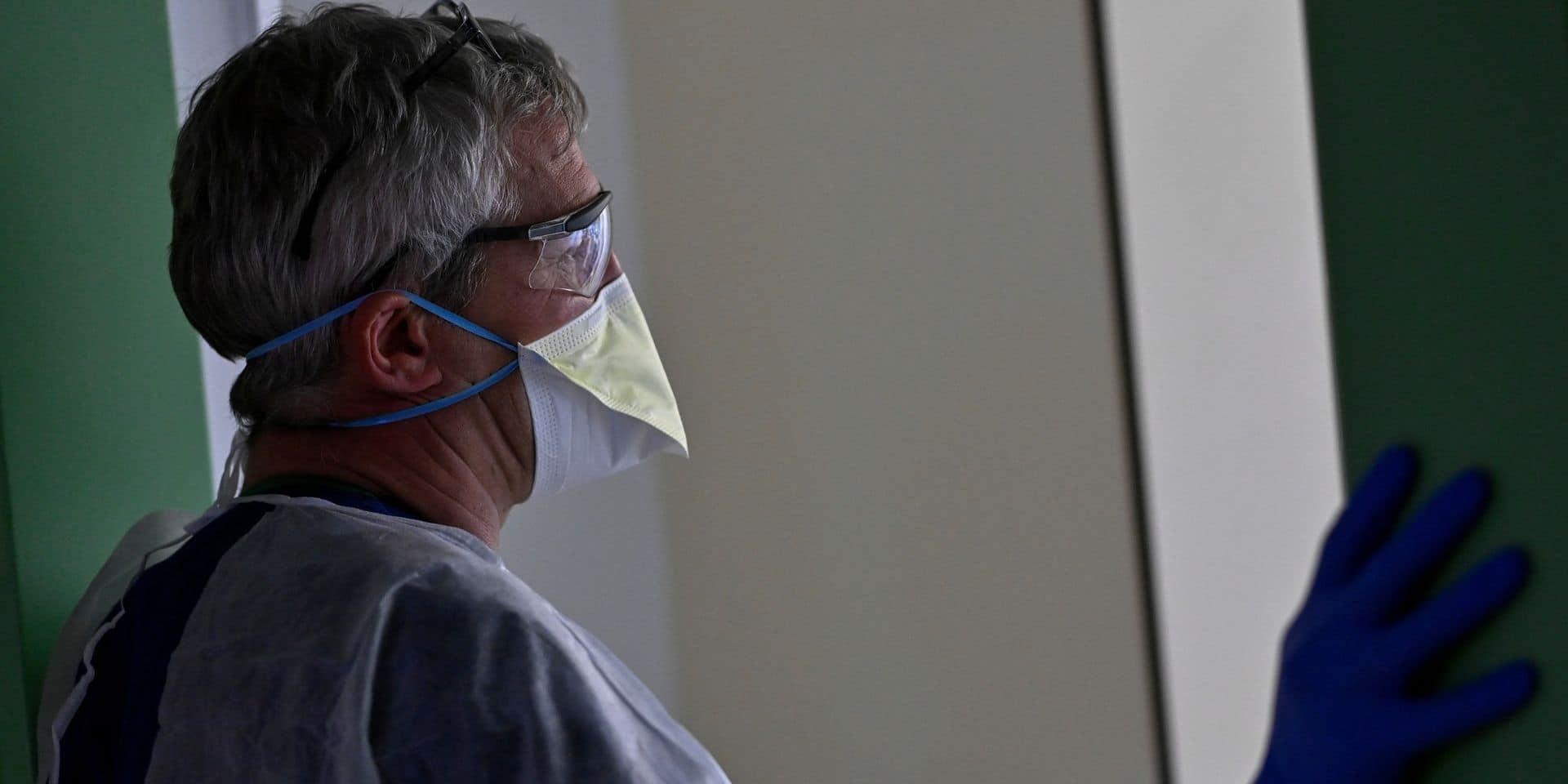 """Coronavirus en Belgique: """"Les médecins pratiquent des amputations qu'ils n'ont pas vues depuis 20 ans"""""""