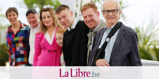 Producer Rebecca O'Brien, from left, actors Debbie Honeywood, Katie Proctor, Rhys Stone, Kris Hitchen and director Ken Loach pose for photographers at the photo call for the film 'Sorry We Missed You' at the 72nd international film festival, Cannes, southern France, Friday, May 17, 2019. (AP Photo/Petros Giannakouris)