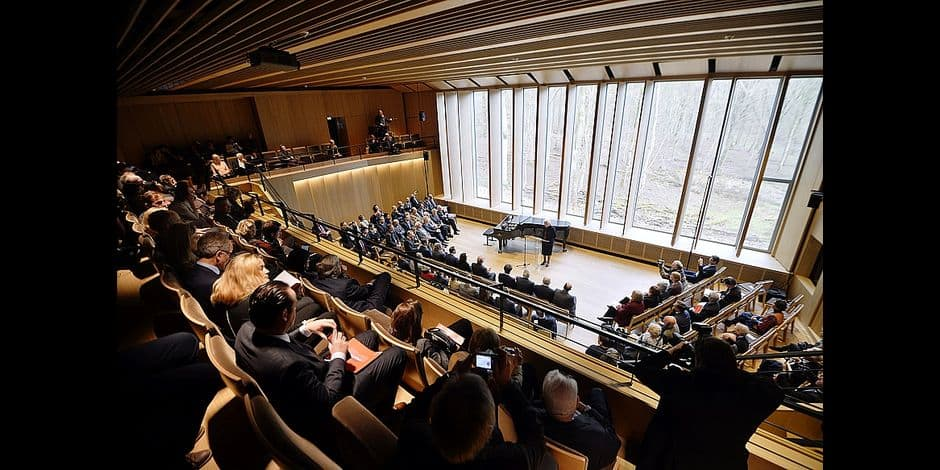 20150127 - WATERLOO, BELGIUM: General view of the concert room (250 persons capacity) while Queen Paola of Belgium delivers a speech at the inauguration of 'The New Building' at the Queen Elisabeth Music Chapel in Waterloo, Tuesday 27 January 2015. BELGA PHOTO ERIC LALMAND