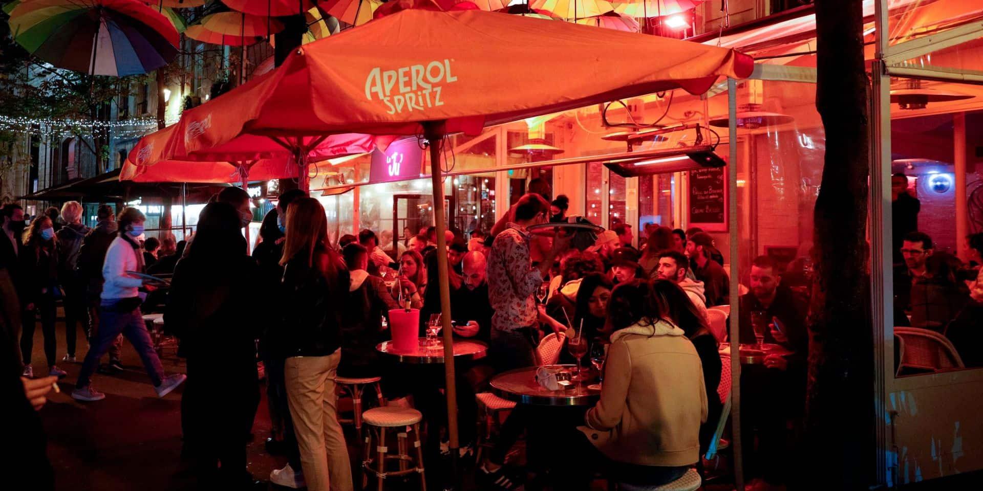 Coronavirus : Paris se prépare à fermer ses bars