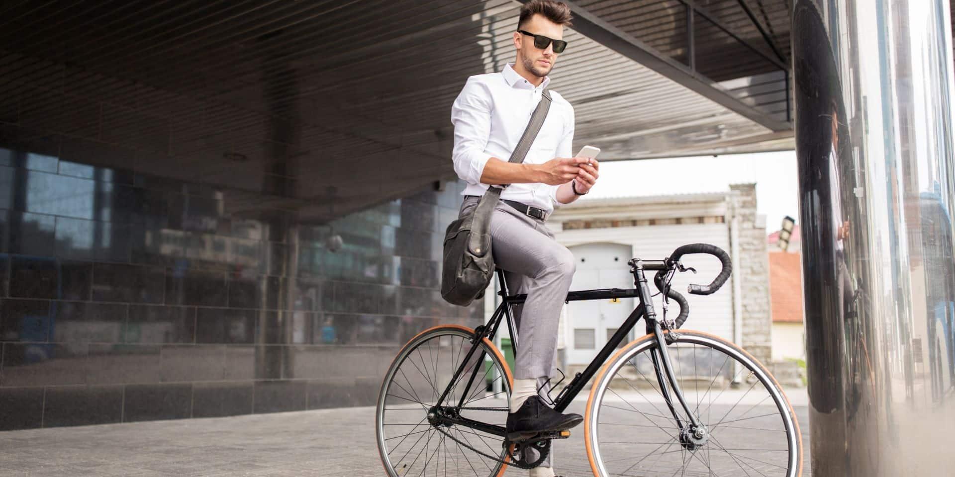 L'utilisation du GSM à vélo de plus en plus verbalisée