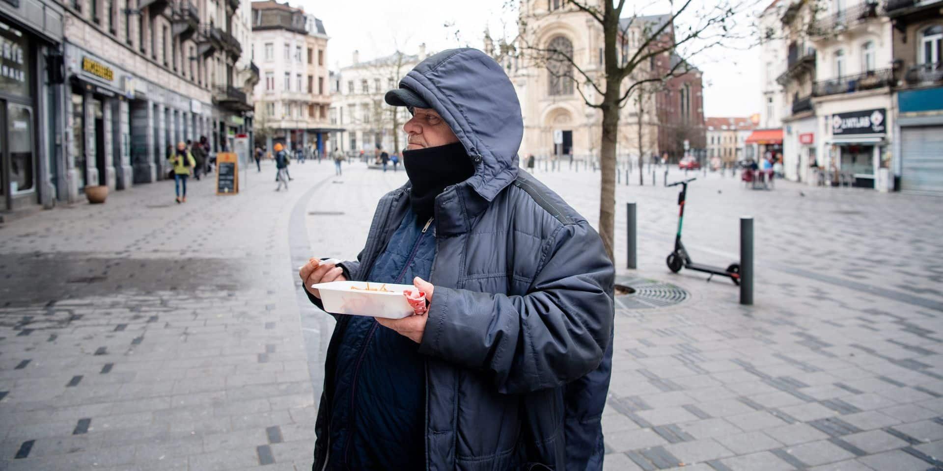 """Nous, on doit choisir: mourir de faim ou crever du coronavirus"""