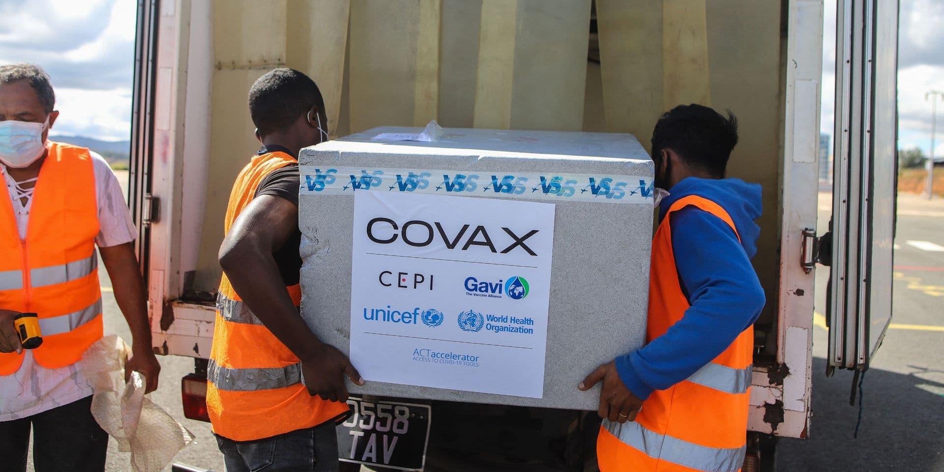 La Belgique fera don de 4 millions de doses de vaccin à COVAX
