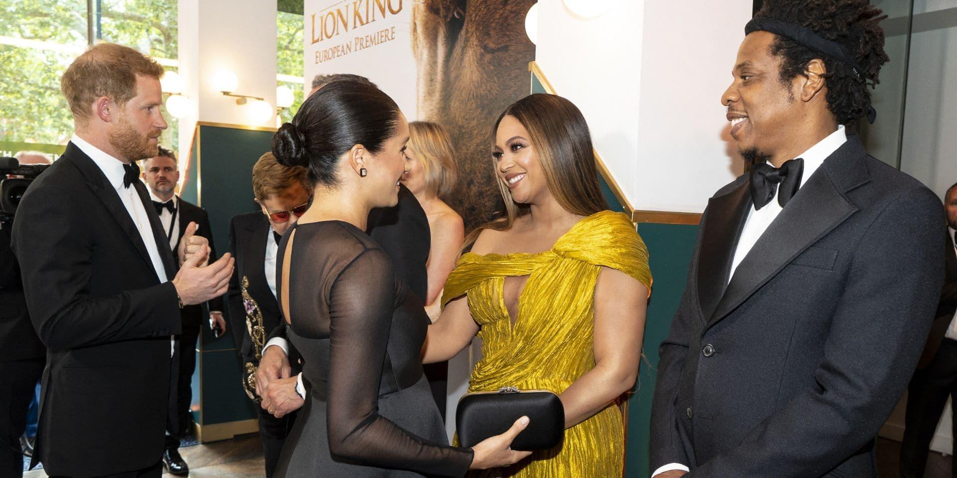 """Beyoncé, Hugh Jackman... les soutiens se multiplient pour Meghan et Harry, un """"exemple incroyable"""""""