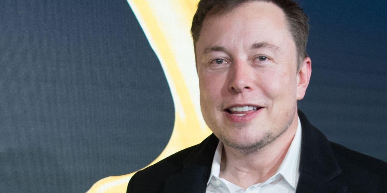 Elon Musk et la chanteuse Grimes ont eu un enfant