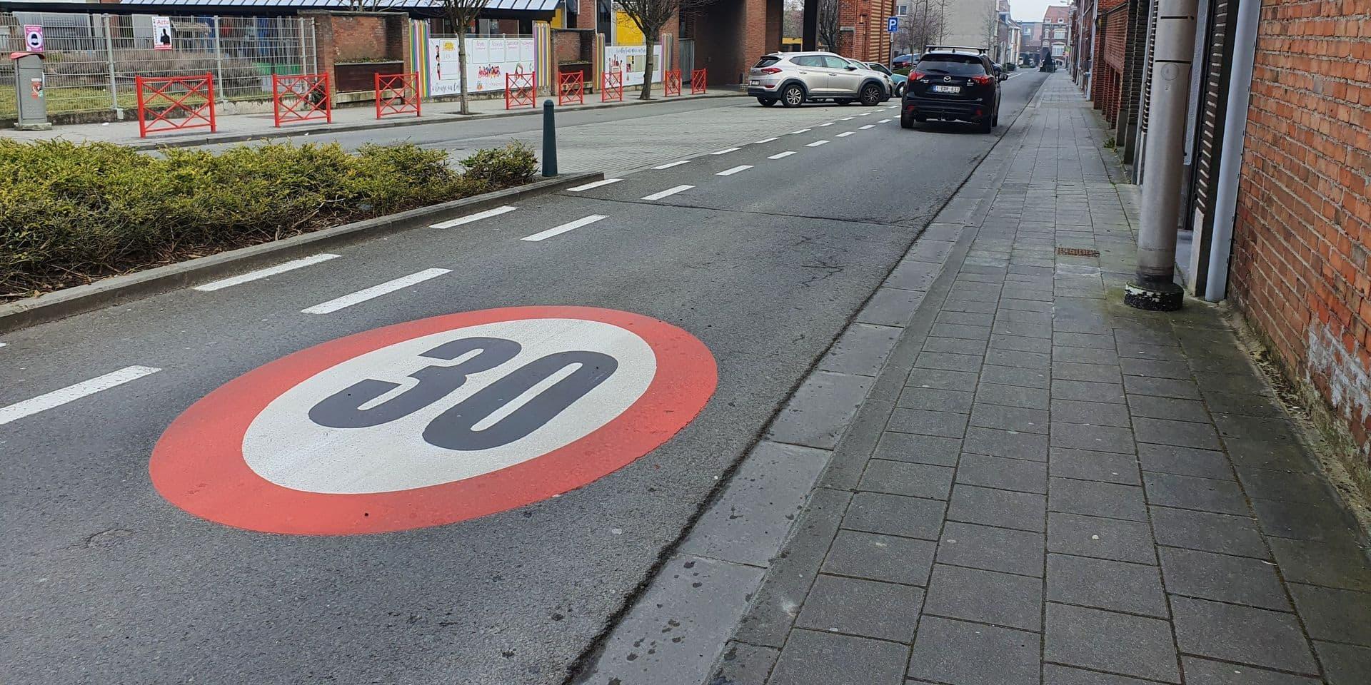 La zone 30 effective dans tout le centre-ville mouscronnois