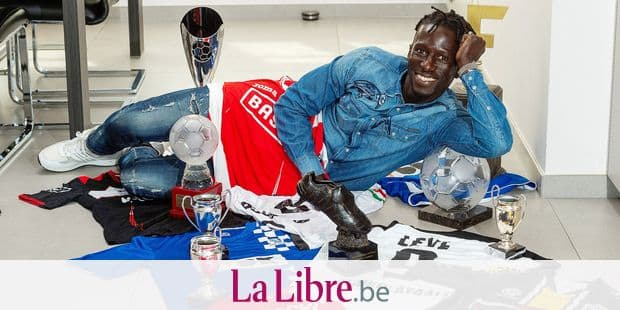 Waregem may 23 Belgium, Mbaye Leye announces that playing as a professional footbalplayer. Pictured at his home on may 23 Waregem Belgium. (picture by Florian Van Eenoo/photonews)