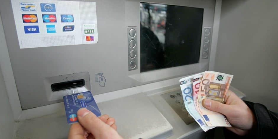 Faut-il en finir avec les frais bancaires ? - La Libre