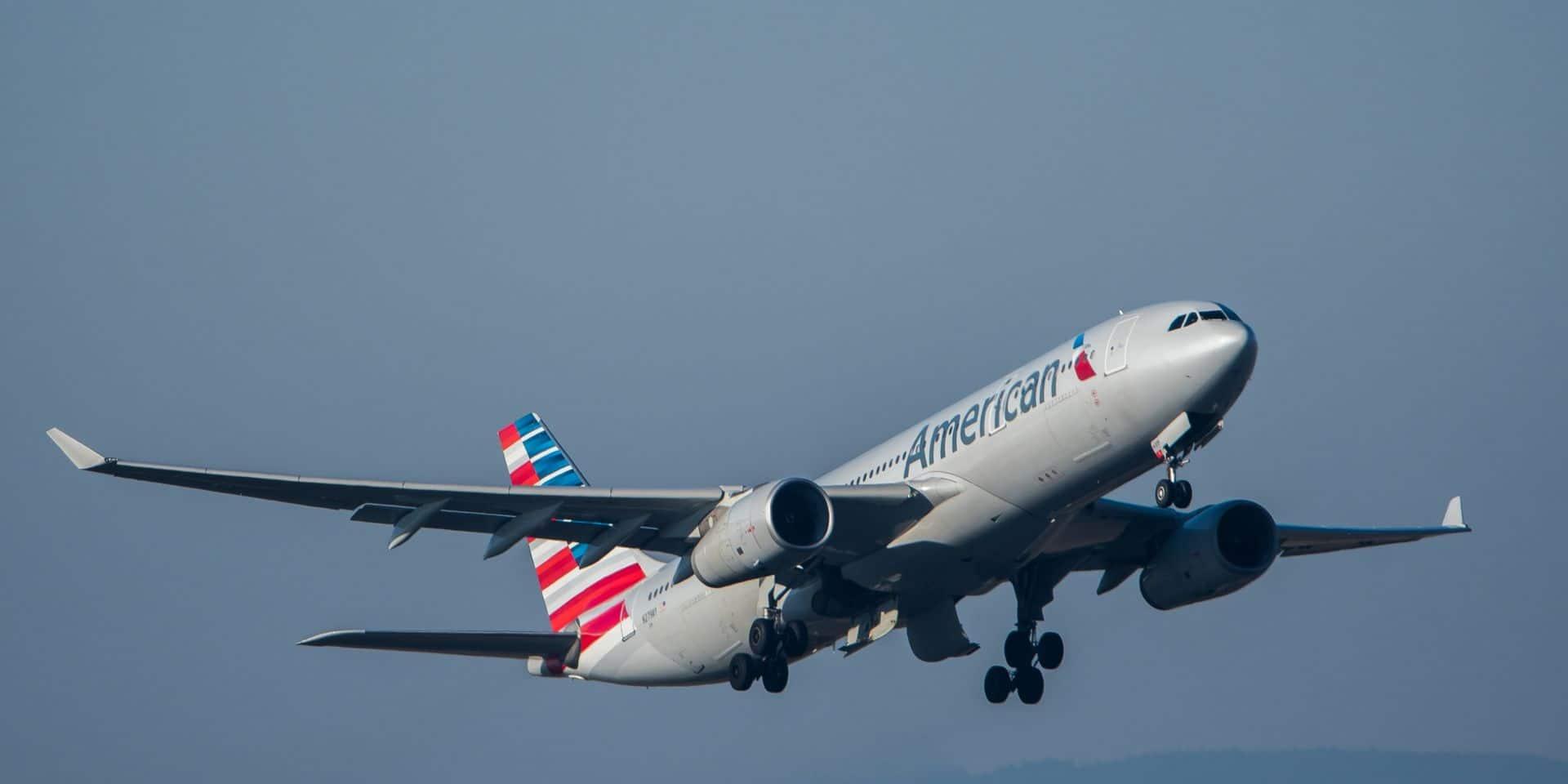Coronavirus: la compagnie American Airlines commencera jeudi à licencier 19.000 salariés