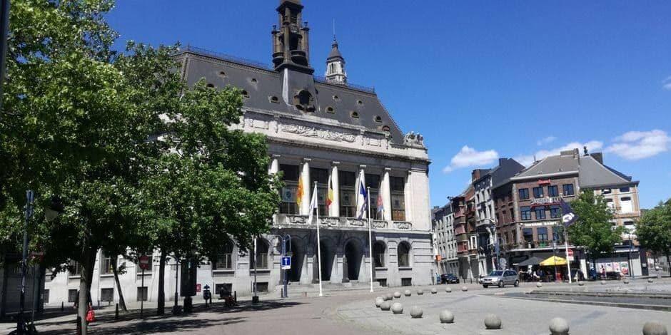 Menace de grèves à Charleroi : Paul Magnette visé personnellement pour la politique d'austérité dans l'administration