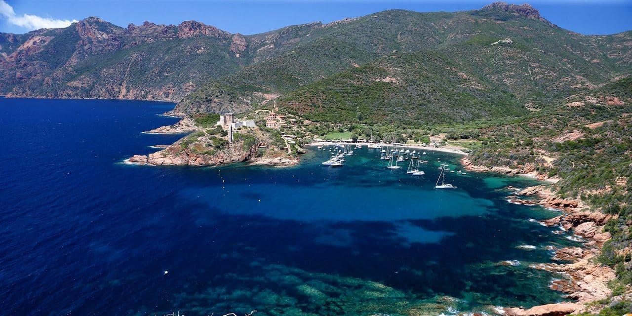 Crash d'un avion de tourisme en Corse: deux Belges blessés
