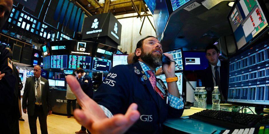 Wall Street en ordre dispersé après les décrets de Trump
