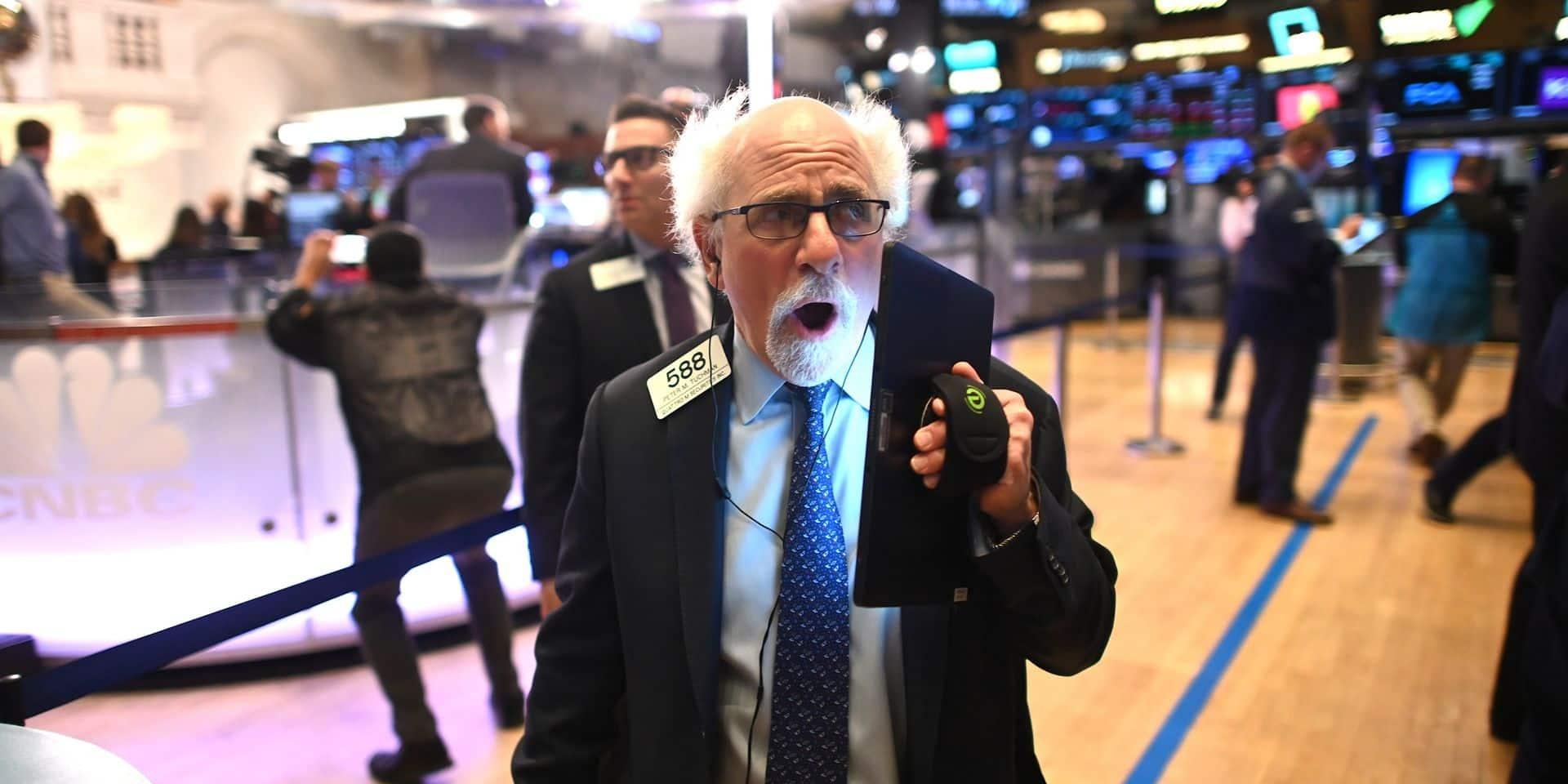 Wall Street, rattrapée par le coronavirus, ouvre en forte baisse