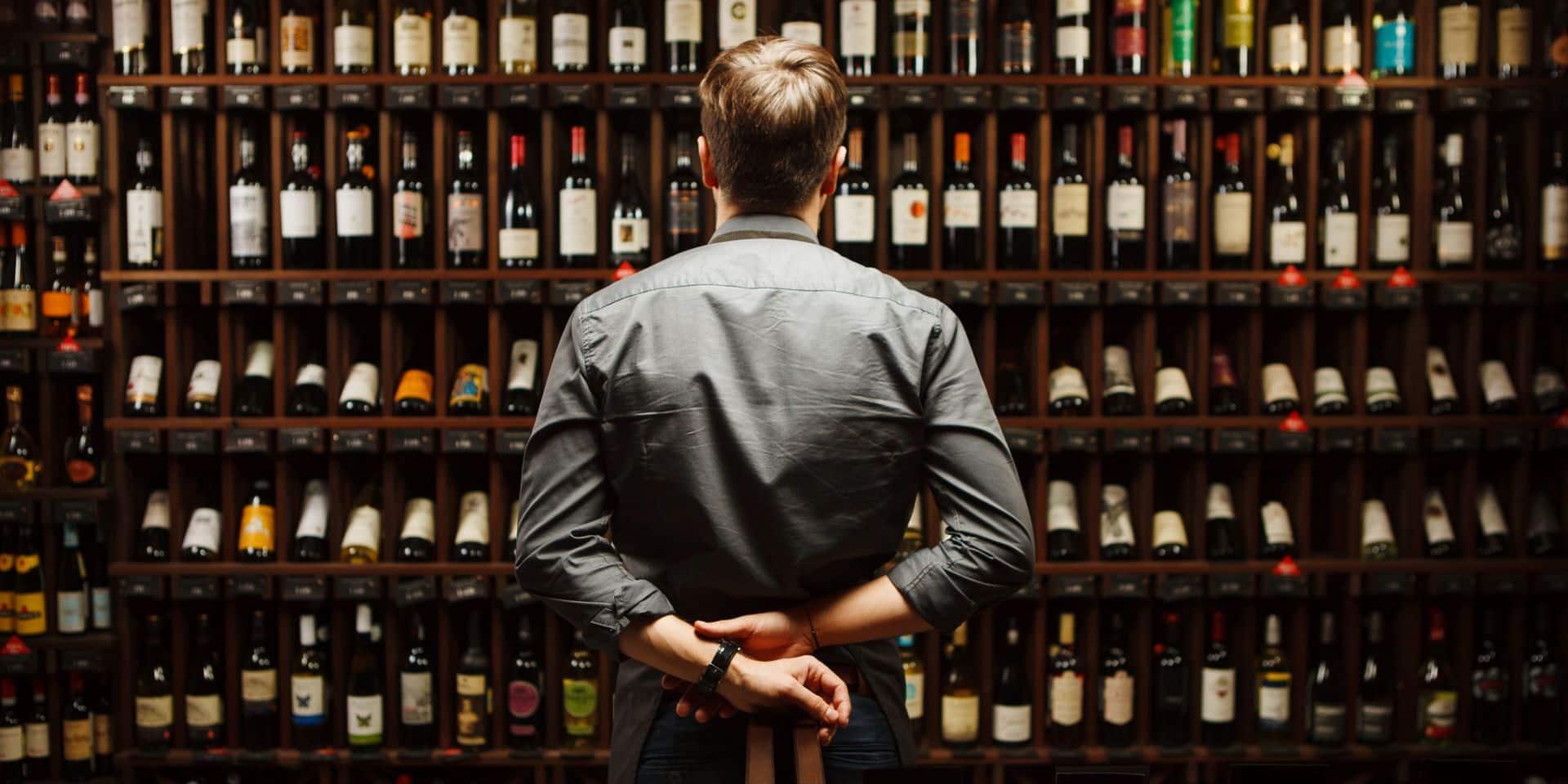 Les fêtes de fin d'années s'annoncent déjà dans les rayons vin de la grande distribution