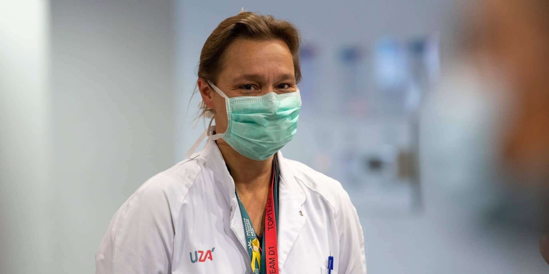 """Pour Erika Vlieghe, """"nous devrions arrêter de râler"""" à propos des mesures sanitaires"""