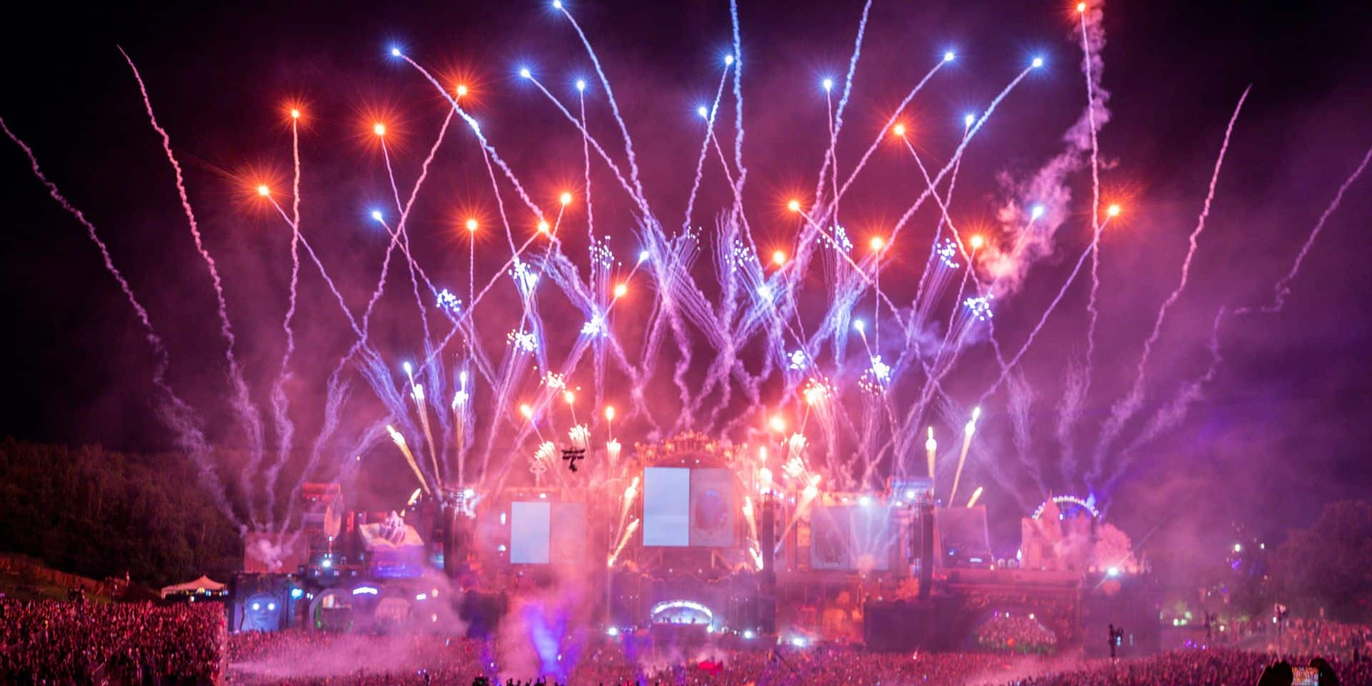 Les plus belles images de Tomorrowland (PHOTOS & VIDÉOS)