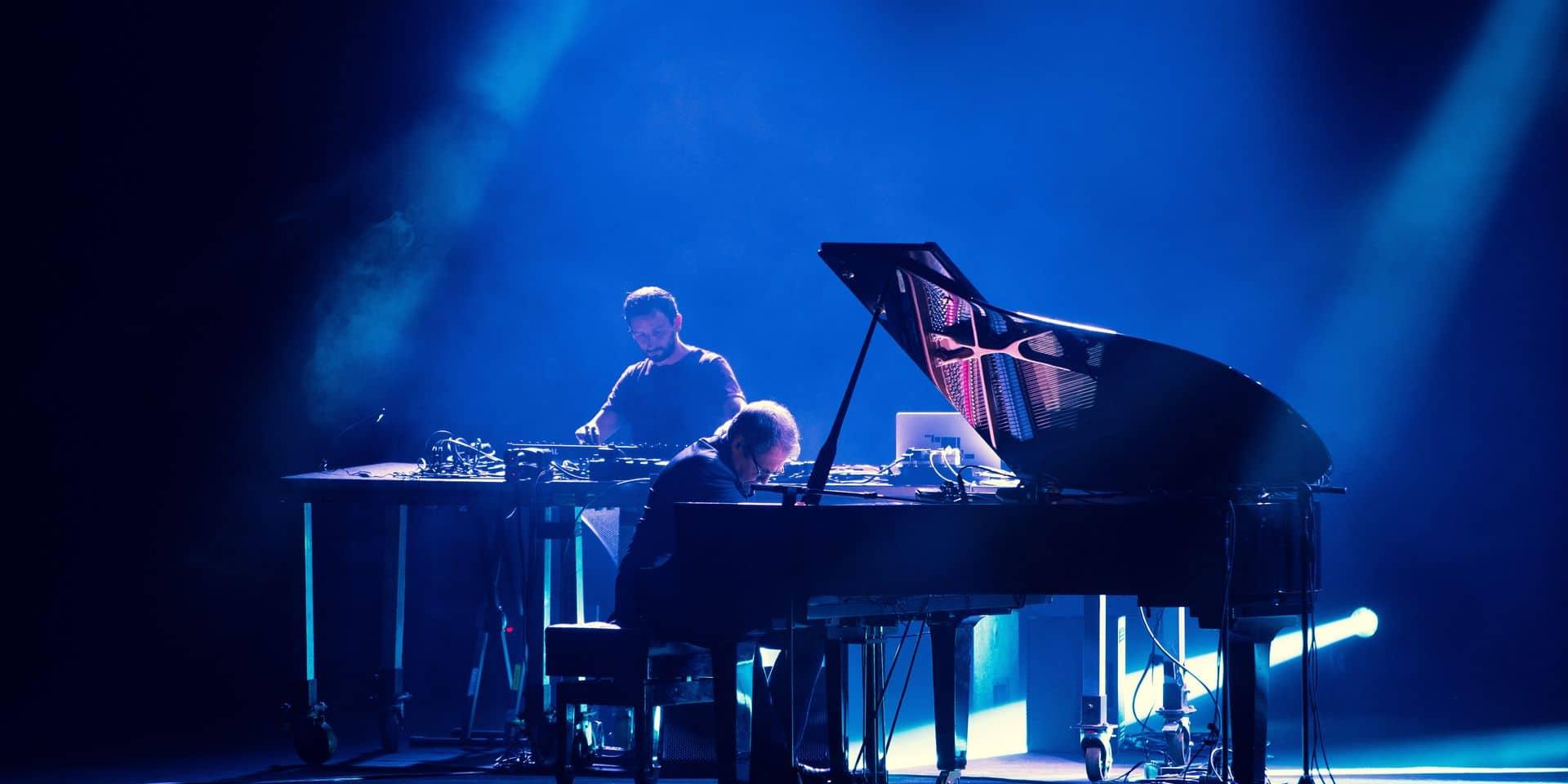 Philip Glass, génie minimaliste méprisé par le classique, sublimé par l'électronique