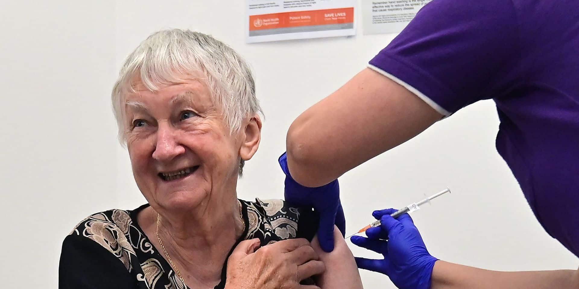 Le vaccin Pfizer très efficace après la 2e injection, selon les premières données