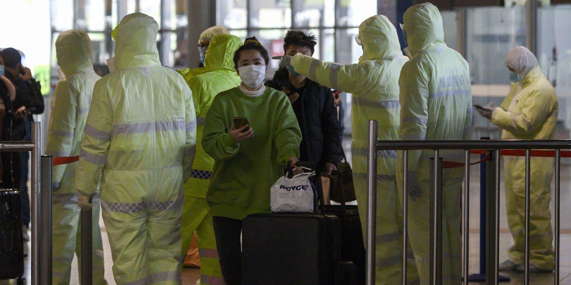 """Le coronavirus a fait plus de 800 morts mais l'OMS dit avoir une """"bonne nouvelle"""" concernant les contaminations"""