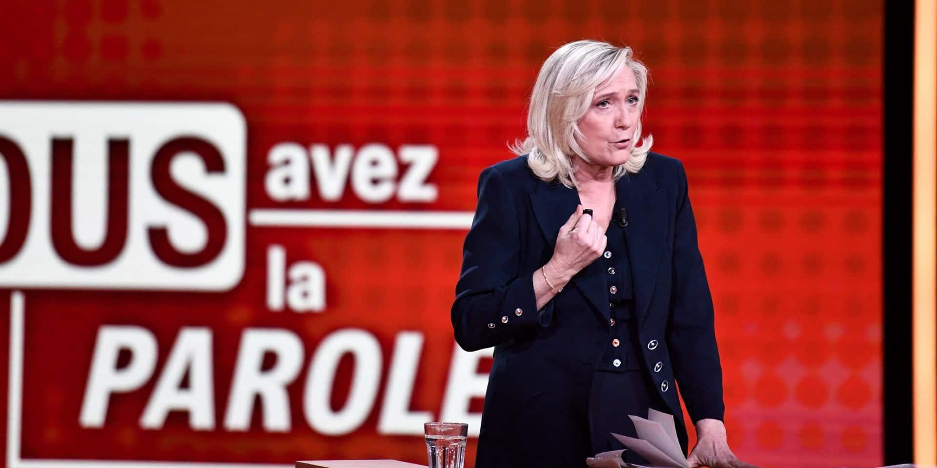 """Marine Le Pen """"molle""""? Des responsables LREM nuancent les propos de Darmanin"""