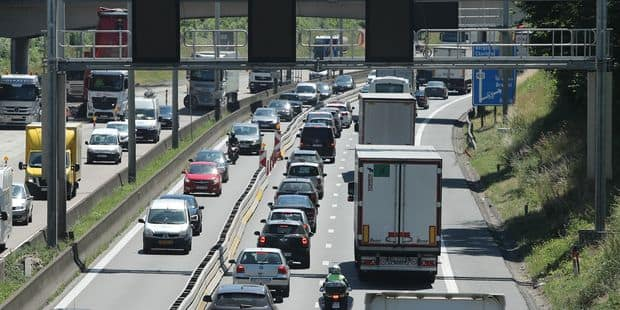 Accident sur le ring à Zaventem: voies dégagées, encore des retards de plus de 30 min - La Libre