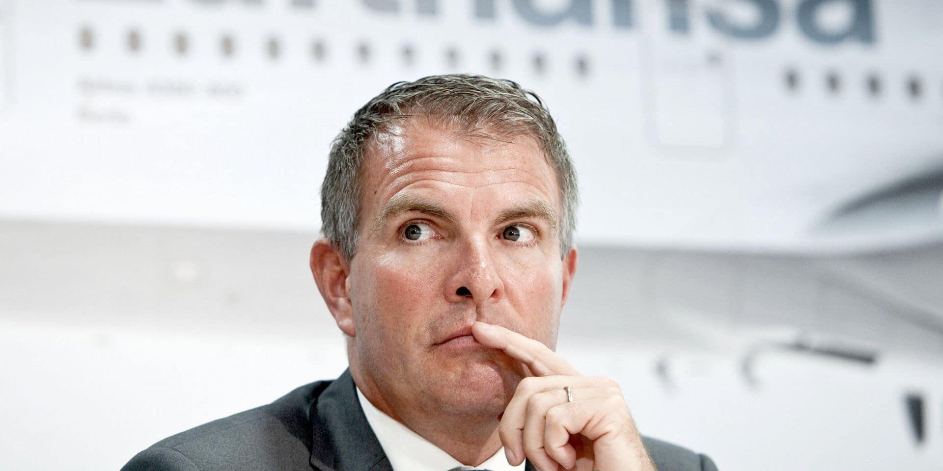 Le patron de Lufthansa menace de licencier un millier de pilotes