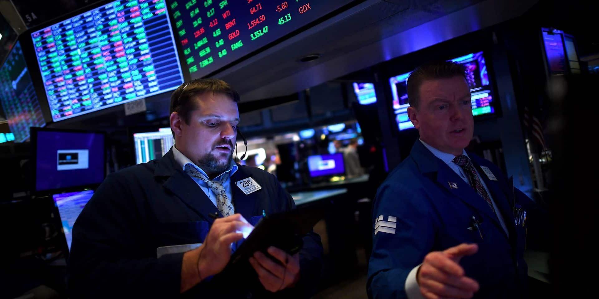 Wall Street hésite à l'ouverture entre tensions diplomatiques et espoirs de vaccin