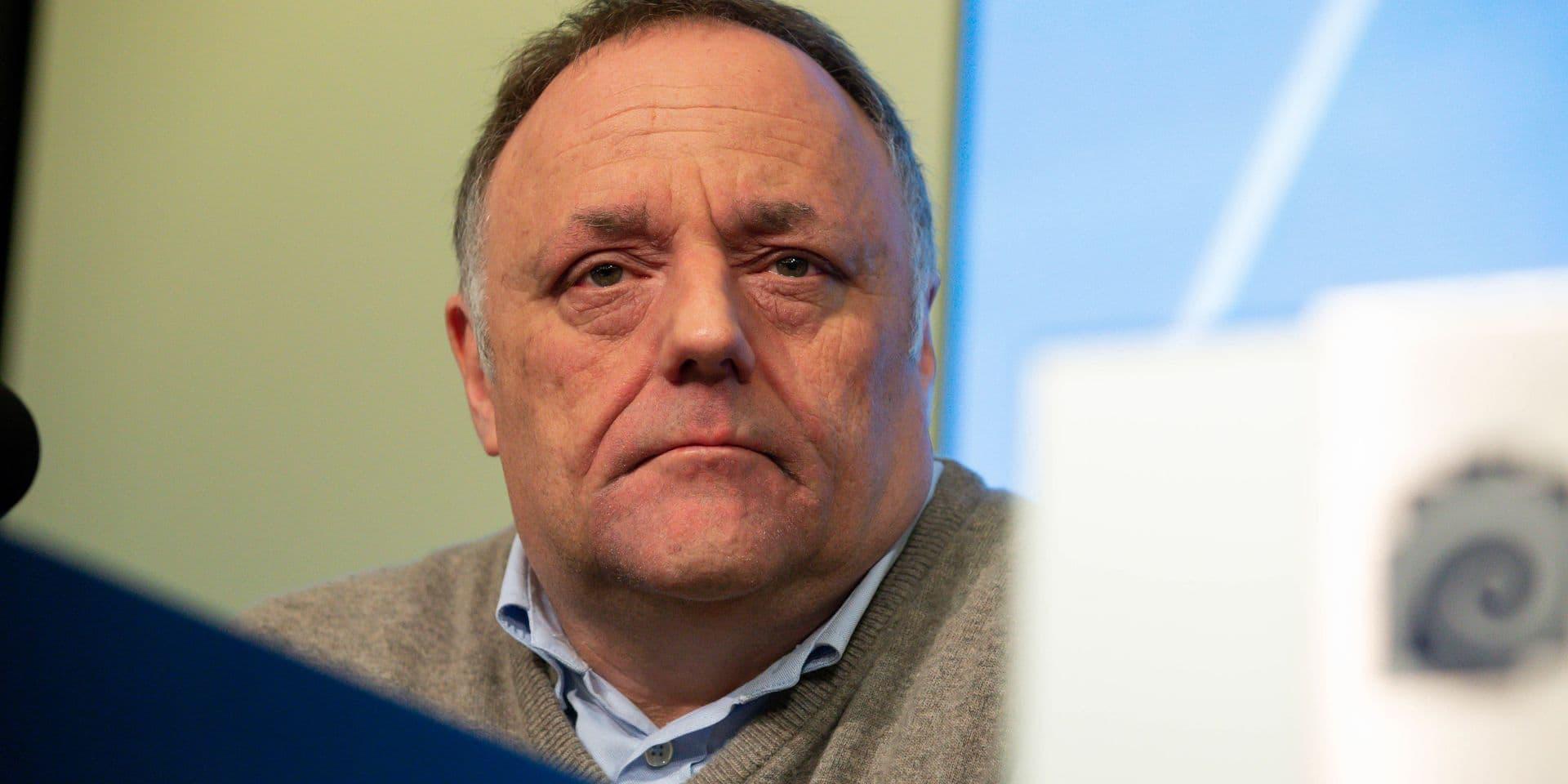 """""""On ne contrôle pas du tout l'épidémie dans les maisons de repos"""", regrette le virologue Marc Van Ranst"""