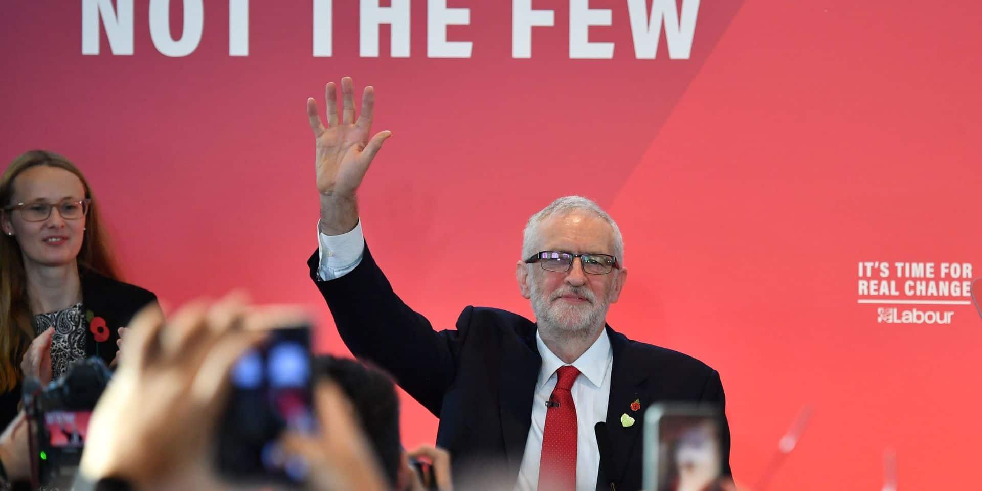 Elections en Grande-Bretagne: la campagne de Corbyn secouée par une démission