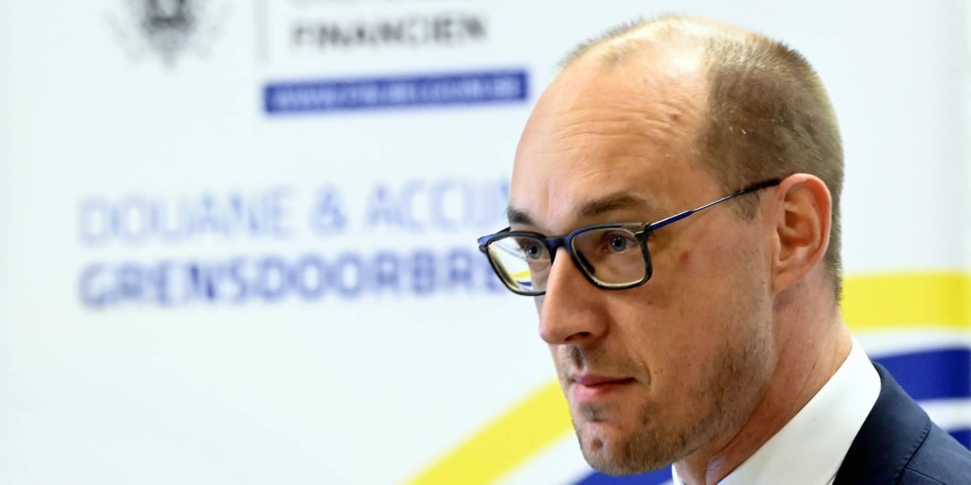 """Vincent Van Peteghem : """"Nous sommes toujours en crise et il y a encore beaucoup de personnes qui éprouvent des difficultés financières."""""""