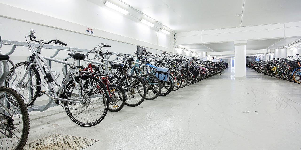 Un vaste parking couvert pour les vélos dans le centre de Liège