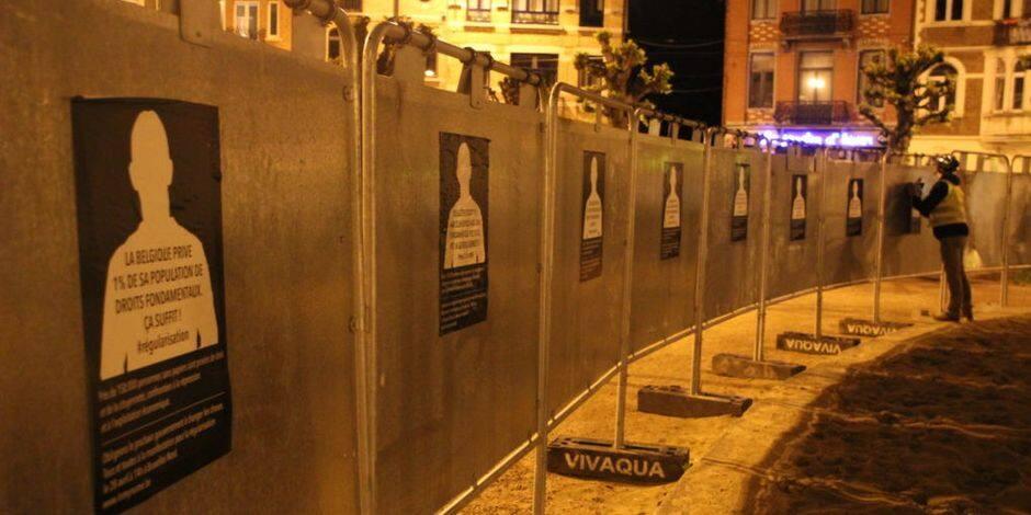 500 affiches collées cette nuit sur les panneaux électoraux