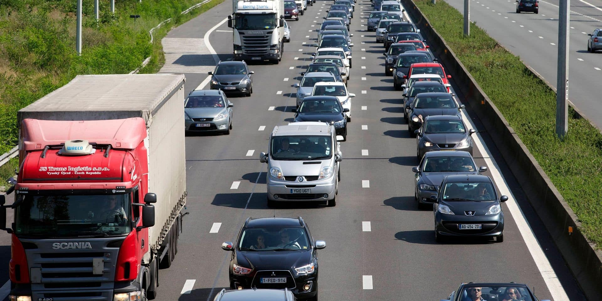 Départ en vacances : un week-end prochain chargé sur les routes