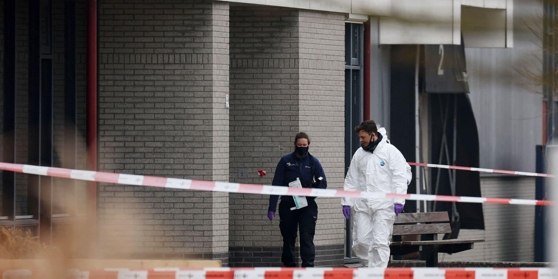 """Une explosion """"démentielle"""" endommage un centre de dépistage Covid-19 aux Pays-Bas"""
