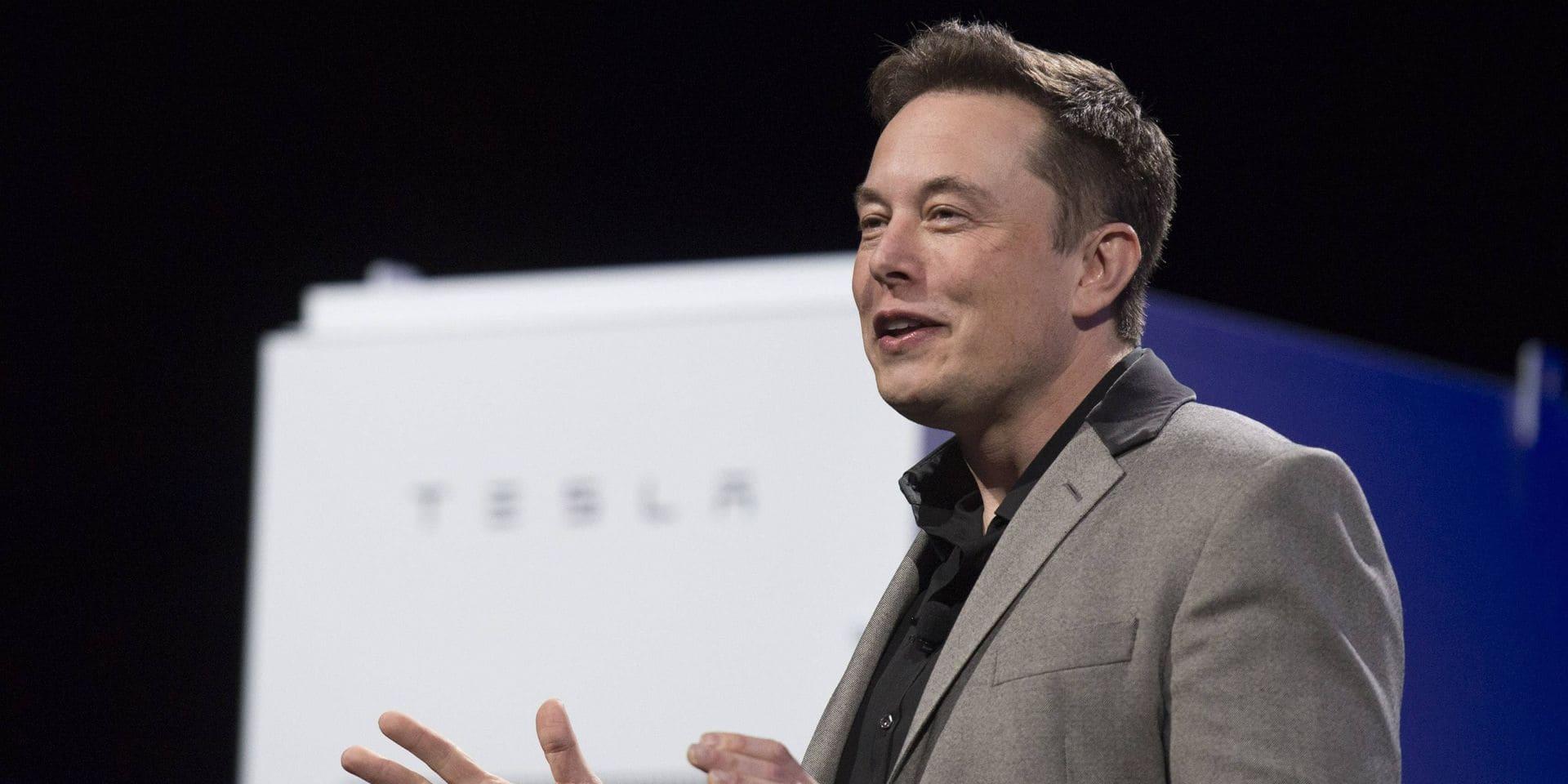 Elon Musk de retour sur Twitter après une absence de ... 3 jours