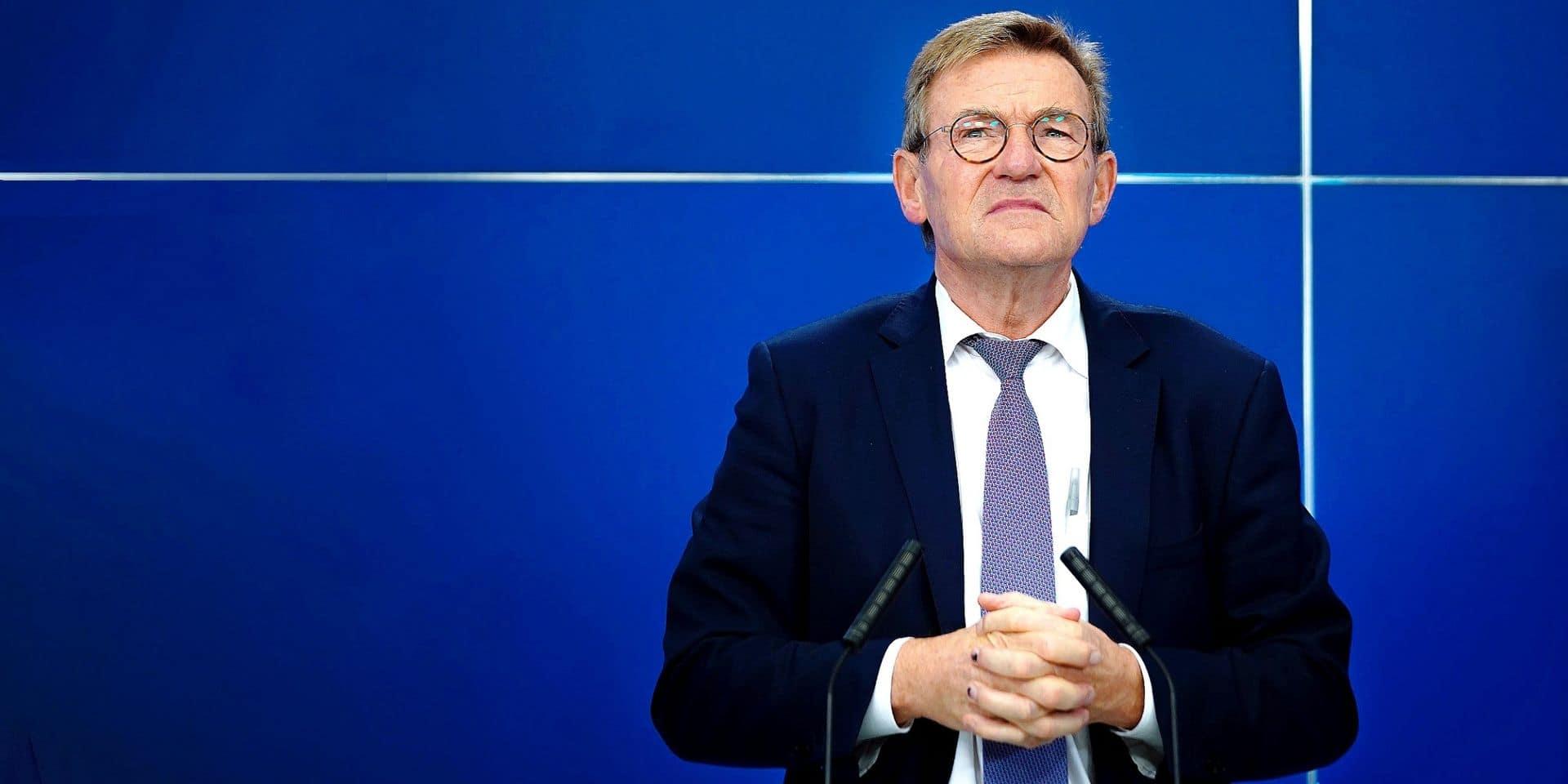 L'ancien ministre belge des Finances Johan Van Overtveldt est le chef de l'équipe de négociateurs du Parlement européen.