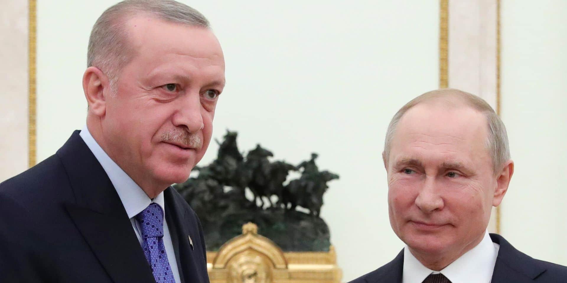 """Conflit au Nagorny Karabakh: Poutine et Erdogan appellent à des """"efforts solidaires"""" pour la paix"""
