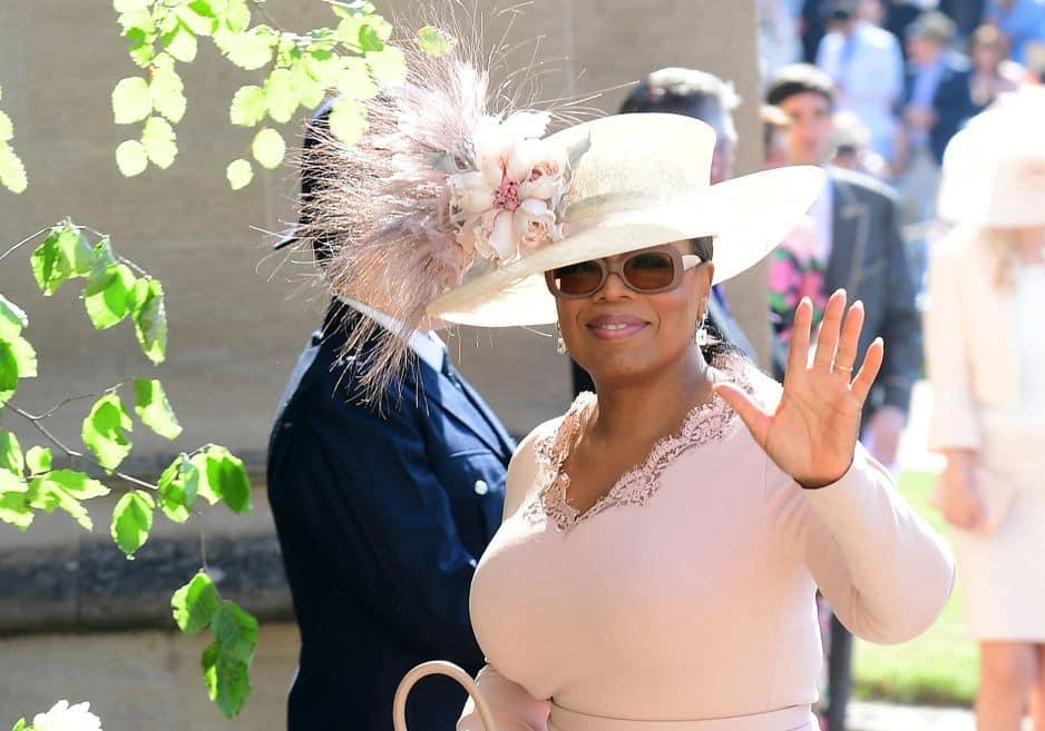 La célèbre animatrice américaine Oprah Winfrey fait partie des invités prestigieux.