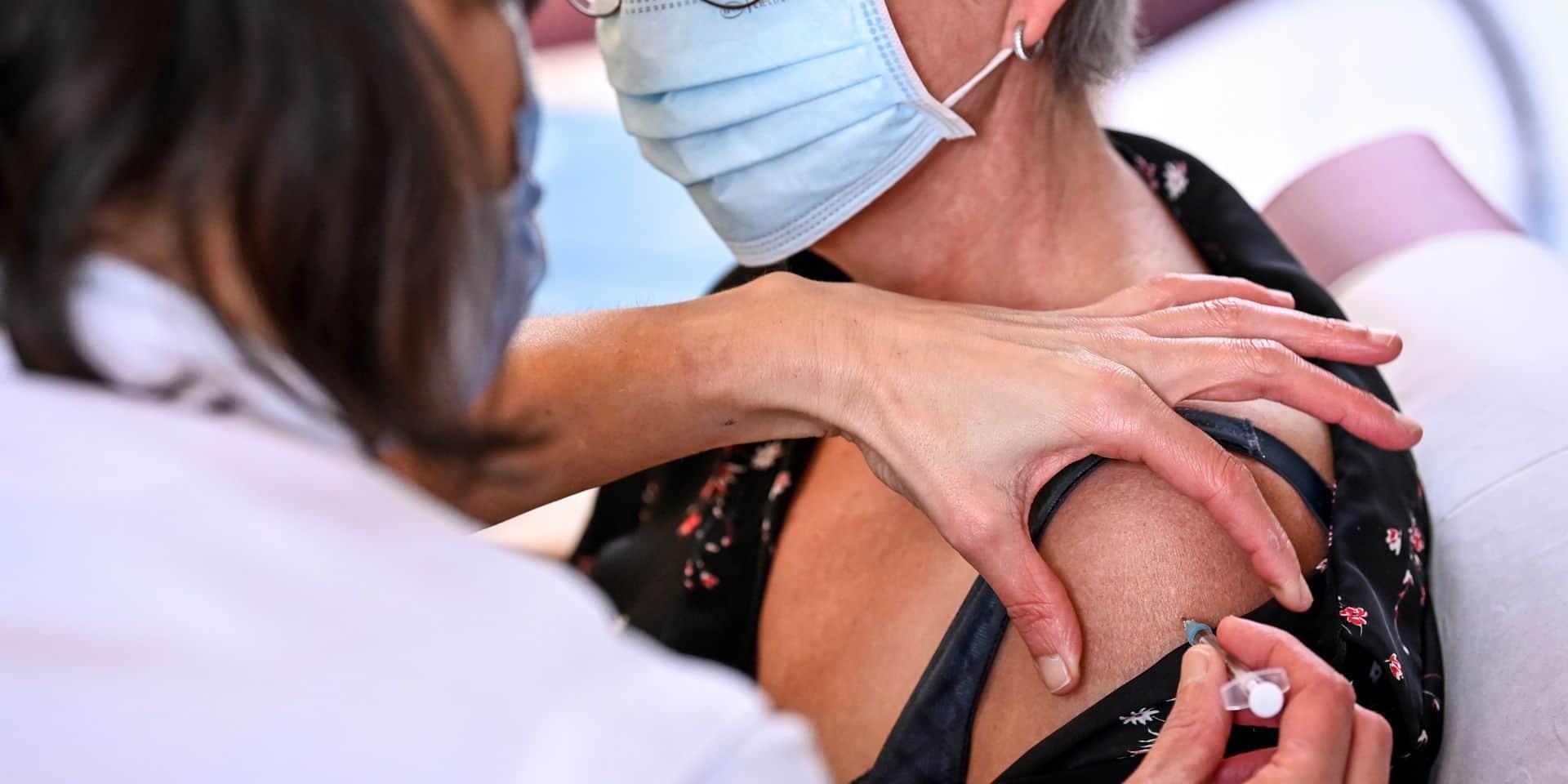 Nombre de doses, anticorps, obligation, effets secondaires... : la campagne de vaccination en dix questions
