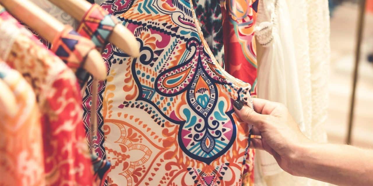 Vêtements : comment mieux les choisir, pour les porter plus longtemps et ne plus avoir à s'en débarrasser